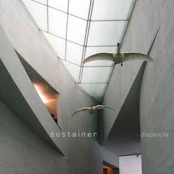 [at030] Sustainer - Distancia